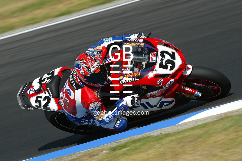 2004 SUPERBIKE WORLD CHAMPIONSHIP - ROUND 2 - PHILLIP ISLAND - AUSTRALIA - 29/03/2004..SUPERBIKE - JAMES TOSELAND (GBR) - DUCATI FILA - 999F04.- ACTION
