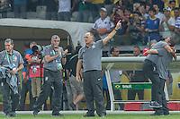 BELO HORIZONTE, MG, 26 JUNHO 2013 - COPA DAS CONFEDERACOES -  BRASIL X URUGUAI -  O técnico da Seleção Brasileira, Luiz Felipe Scolari e comissão técnica comemoram a vitória do brasil na partida contra o Uruguai, jogo válido pelas Semi-finais da competição, no Estadio Mineirao em Belo Horizonte, Minas Gerais nesta Quarta, 26 (FOTO: NEREU JR / PHOTOPRESS).