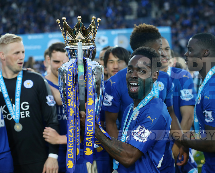 Leicester's Nathan Dyer celebrates with the trophy during the Barclays Premier League match at the King Power Stadium.  Photo credit should read: David Klein/Sportimage