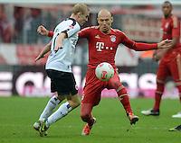 FUSSBALL   1. BUNDESLIGA  SAISON 2012/2013   11. Spieltag FC Bayern Muenchen - Eintracht Frankfurt    10.11.2012 Sebastian Rode (li, Eintracht Frankfurt) gegen Arjen Robben (FC Bayern Muenchen)