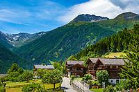 Oesterreich, Osttirol, Virgental, Obermauern: alte Bauernhaeuser | Austria, East-Tyrol, Virgen Valley, Obermauern: old farmhouses