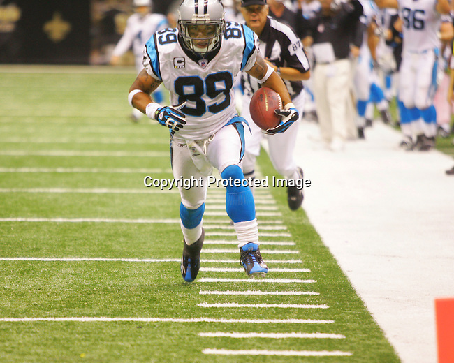 Panther wide receiver Steve Smith keeps his eye on the goal line as he scores Carolina's only touchdown on a 17-yard pass play. The Carolina Panthers defeated the New Orleans Saints 16-13 with a John Kasay field goal in the closing seconds October 7, 2007 in the Superdome in New Orleans.