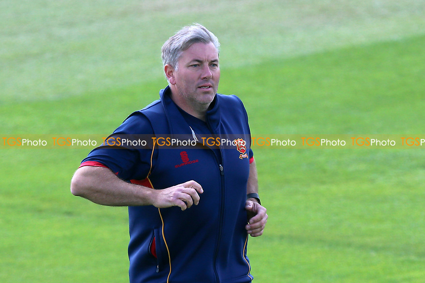 Essex head coach Chris Silverwood during Essex CCC vs Hampshire CCC, Specsavers County Championship Division 1 Cricket at The Cloudfm County Ground on 20th May 2017