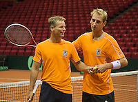 11-sept.-2013,Netherlands, Groningen,  Martini Plaza, Tennis, DavisCup Netherlands-Austria, Dutch team practice Captain Jan Siemerink (NED) and Thiemo de Bakker<br /> Photo: Henk Koster