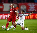 Nederland, Enschede, 20 september 2012.Seizoen 2012-2013.UEFA Europa League .FC Twente- Hannover 96.Robbert Schilder van FC Twente en Lars Stindl van Hannover 96 strijden om de bal.