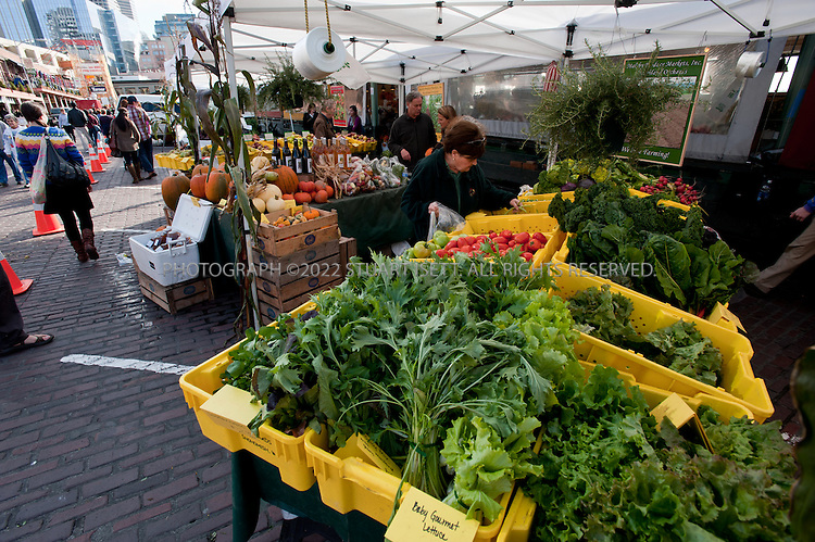 10/27/2010--Seattle, WA, USA..Pike's Place Market. the city of Seattle has encouraged the growth of urban farmer's markets selling locally made produce. Pike Place Market is one of the oldest public markets in the city...Photograph by Stuart Isett