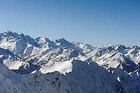 Alpen-Panorama bei Station Höfatsblick auf dem Nebelhorn bei Oberstdorf im Allgäu, Bayern, Deutschland<br /> panorama of the Alps near Hillstation Höfatsblick,  Mt.Nebelhorn near Oberstdorf, Allgäu, Bavaria, Germany