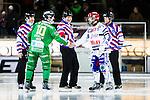 Stockholm 2015-01-16 Bandy Elitserien Hammarby IF - IFK Kung&auml;lv :  <br /> Hammarbys Stefan Erixon och Kung&auml;lvs Mikael Lindberg h&auml;lsar p&aring; varandra framf&ouml;r domare Sergey Gorbachev inf&ouml;r matchen mellan Hammarby IF och IFK Kung&auml;lv <br /> (Foto: Kenta J&ouml;nsson) Nyckelord:  Elitserien Bandy Zinkensdamms IP Zinkensdamm Zinken Hammarby Bajen HIF IFK Kung&auml;lv domare referee ref Rysk Ryssland Ryss glad gl&auml;dje lycka leende ler le