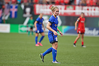 Portland, Oregon - Sunday May 29, 2016: Seattle Reign FC midfielder Kim Little (8). The Portland Thorns play the Seattle Reign during a regular season NWSL match at Providence Park.