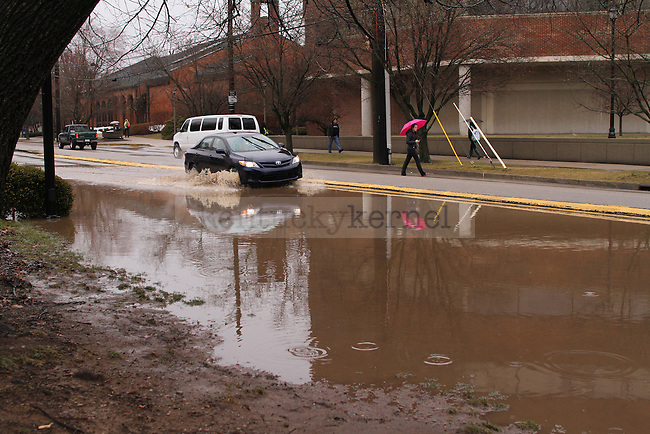 Rose Lanes is almost impassable due to flooding in Lexington , Ky., on Wednesday, March 4, 2015. Photo by Jonathan Krueger | Staff