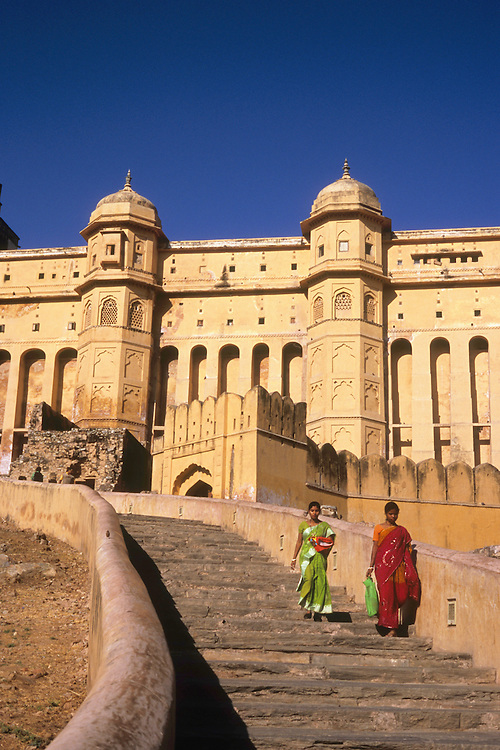 The mighty Amber palace, Jaipur, Rajasthan, India, 2011