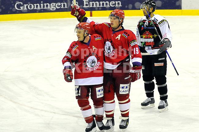 ijshockey grizzlies - nijmegen devils seizoen 2007-2008 16-02-2008.mark allen is blij met de 2-1.fotograaf Jan Kanning