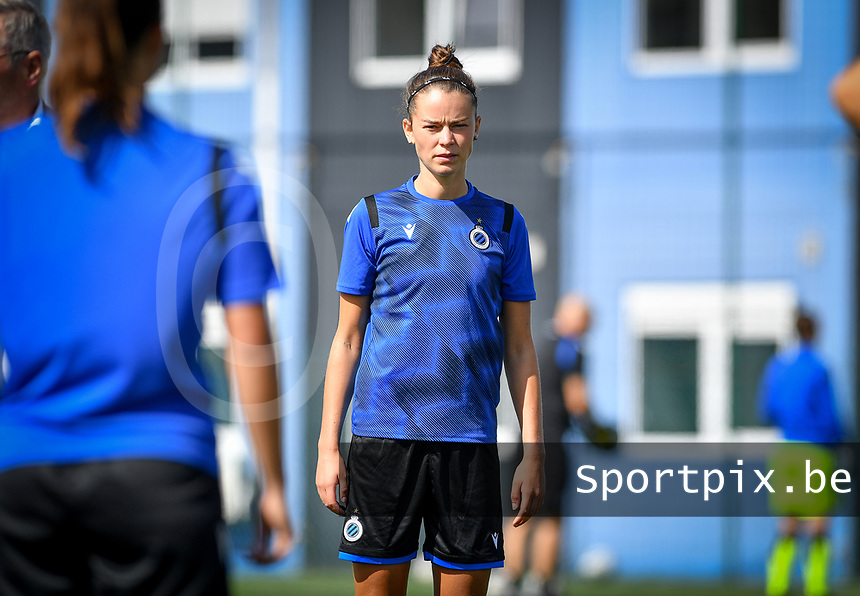 Brugge's Charlotte Laridon pictured during a female soccer game between Club Brugge Dames YLA and Racing Genk Ladies on the second matchday of the 2020 - 2021 season of Belgian Scooore Women s SuperLeague , saturday 5 th of September 2020  in Brugge , Belgium . PHOTO SPORTPIX.BE | SPP | DAVID CATRY