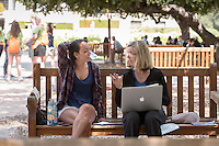 Occidental College's class of 2020 meets with their faculty advisors in the Academic Quad during Orientation, Aug. 26, 2016.<br /> (Photo by Marc Campos, Occidental College Photographer)