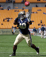 Pittsburgh linebacker Dan Mason. Pittsburgh Panthers defeat the University of Connecticut Huskies 24-21 on October 10, 2009 at Heinz Field, Pittsburgh, PA.