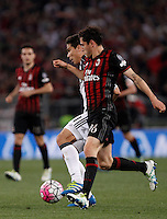 Calcio, finale Tim Cup: Milan vs Juventus. Roma, stadio Olimpico, 21 maggio 2016.<br /> Juventus' Hernanes, left, and AC Milan&rsquo;s Davide Calabria fight for the ball during the Italian Cup final football match between AC Milan and Juventus at Rome's Olympic stadium, 21 May 2016.<br /> UPDATE IMAGES PRESS/Isabella Bonotto