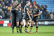 2nd December 2017, Rioch Arena, Coventry, England; Aviva Premiership rugby, Wasps versus Leicester; Wasps players celebrate with Danny Cipriani of Wasps as he gave the winning pass for the final try to win the game