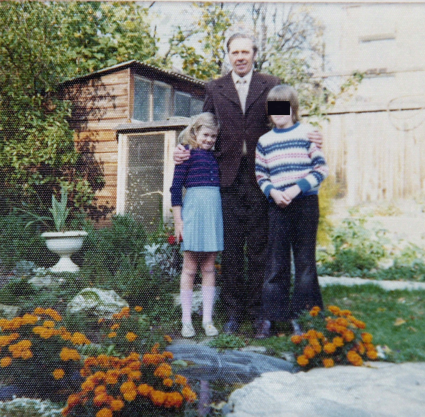 """FEATURES- ATT ALISON PHILLIPS-JANE DENTON AND HER FATHER WHEN SHE WAS 8.FEATURED IN THE UPCOMING BBC 2 SHOW """"THE HUNT FOR BRITAIN'S PAEDOPHILES"""" TO AIR 6TH JUNE 2002.JANE WAS ABUSED BY HER FATHER THEN HANDED ROUND A PAEDO RING WHICH INCLUDED JULIAN LEVINE.PIC JAYNE RUSSELL.24.5.2002.PH-.07976 428 861..FEE FOR USE £200 FOR ONE OR MORE."""