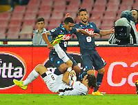 Walter Gargano Dries Mertens  Edgar Barreto   durante l'incontro  di calco d Seriden A  tra SSC Napoli e US Palermo    allo stadio San Paolo di Napoli , 24 Settembre  2014