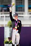 Engeland, London, 9 augustus 2012.Olympische Spelen London.PaardenSport.Charlotte Dujardin heeft Engeland een gouden medaille bezorgd op de Olympische spelen in London op het onderdeel dressuur