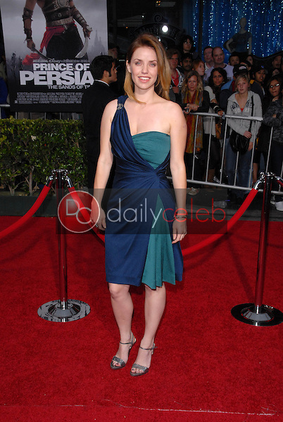 Kelli Garner<br />