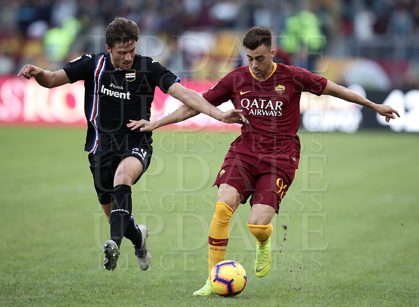 Football, Serie A: AS Roma - Sampdoria, Olympic stadium, Rome, November 11, 2018. <br /> Roma's Stephan El Shaarawy (r) in action with Sampdoria's Bartosz Bereszynski (l) during the Italian Serie A football match between Roma and Sampdoria at Rome's Olympic stadium, on November 11, 2018.<br /> UPDATE IMAGES PRESS/Isabella Bonotto