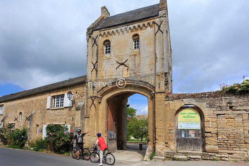 France, Calvados (14), Saint-Gabriel-Brécy, prieuré Saint-Gabriel // France, Calvados, Saint Gabriel Brecy, priory of Saint Gabriel