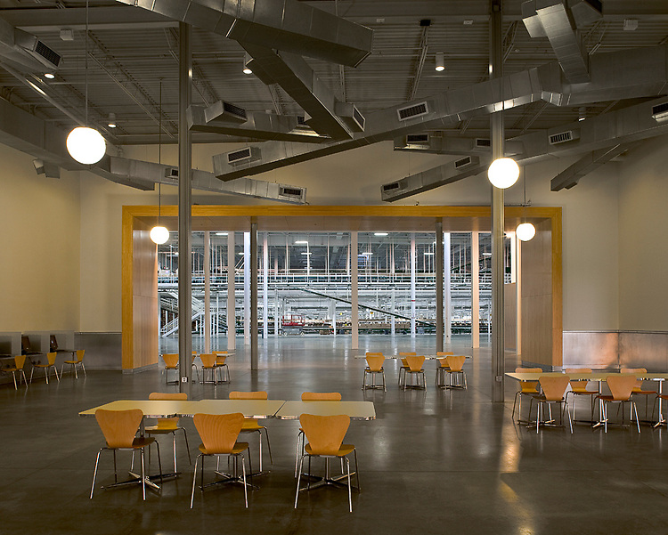 Abercrombie & Fitch Headquarters and Distribution Center   &erson Architects and Elford Construction