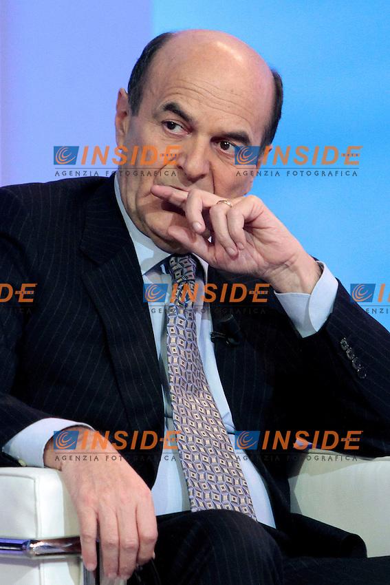 Pier Luigi Bersani.Roma 16/01/2012 Studi Mediaset. Prima puntata della trasmissione Italia Domanda..Photo Samantha Zucchi Insidefoto