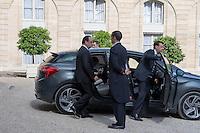 Francois Hollande - Conseil restreint de sÈcurite et de defense ‡ l'Elysee suite a l'attentat de Nice perpetre le 14 juillet.