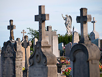 Friedhof - Graveyard in Fleurie / Beaujolais, Frankreich - France