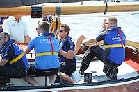 SKÛTSJESILEN: GROU: 18-07-2015, Skûtsje Oeral Thús (Joure) met schipper Dirk Jan Reijenga finisht de openingswedstrijd als 2e, ©foto Martin de Jong