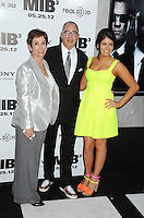 "Director Barry Sonnenfeld and family attending the ""Men In Black 3"" New York Premiere, held at the Ziegfeld Theater in New York City on 23.05.2012.credit: Jennifer Graylock/face to face.- No Italy, UK, Australia, France -"