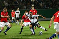 Sidney Sam (D) setzt sich durch<br /> Deutschland vs. Tschechien, U21 EM-Qualifikation *** Local Caption *** Foto ist honorarpflichtig! zzgl. gesetzl. MwSt. Auf Anfrage in hoeherer Qualitaet/Aufloesung. Belegexemplar an: Marc Schueler, Alte Weinstrasse 1, 61352 Bad Homburg, Tel. +49 (0) 151 11 65 49 88, www.gameday-mediaservices.de. Email: marc.schueler@gameday-mediaservices.de, Bankverbindung: Volksbank Bergstrasse, Kto.: 151297, BLZ: 50960101
