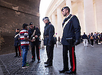 Carabinieri perquisiscono i turisti al loro arrivo in Piazza San Pietro in occasione dell'Angelus di Papa Francesco, Citta' del Vaticano, 15 novembre 2015.<br /> Carabinieri inspect tourists bags as they arrive for Pope Francis' Angelus prayer in St. Peter's square at the Vatican, 15 November 2015.<br /> UPDATE IMAGES PRESS/Riccardo De Luca<br /> <br /> STRICTLY ONLY FOR EDITORIAL USE