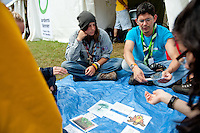 Greenpeace teaching scouts about our environment and nature. Photo: Christoffer Munkestam/Scouterna