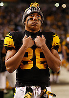 PITTSBURGH, PA - NOVEMBER 06:  Hines Ward #86 of the Pittsburgh Steelers looks at the scoreboard following their loss to the Baltimore Ravens during the game on November 6, 2011 at Heinz Field in Pittsburgh, Pennsylvania.  (Photo by Jared Wickerham/Getty Images)