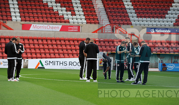 Sheffield United players walk on to the County Ground pitch before the match<br /> - English League One - Swindon Town vs Sheffield Utd - County Ground Stadium - Swindon - England - 29th August 2015 <br /> --------------------