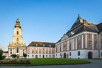 Oesterreich, Oberoesterreich, Wilhering: Zisterzienser-Stift Wilhering mit Stiftskirche | Austria, Upper Austria, Wilhering: Cistercian Abbey Wilhering with collegiate church