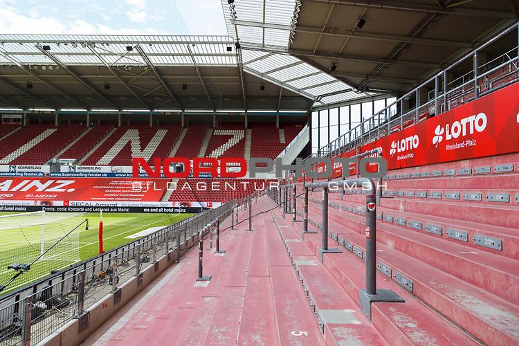 Leere Tribuene, <br /> <br /> Sport: Fussball: 1. Bundesliga:: nphgm001:  Saison 19/20: 33. Spieltag: 1. FSV Mainz 05 vs SV Werder Bremen 20.06.2020<br /> Foto: Neis/Eibner/Pool/via gumzmedia/nordphoto<br /><br />DFB regulations prohibit any use of photographs as image sequences and/or quasi-video.<br />Editorial Use ONLY<br />National and International News Agencies OUT<br />  DFL REGULATIONS PROHIBIT ANY USE OF PHOTOGRAPHS AS IMAGE SEQUENCES AND OR QUASI VIDEO<br /> EDITORIAL USE ONLY<br /> NATIONAL AND INTERNATIONAL NEWS AGENCIES OUT