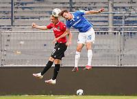 Philipp Ochs (Hannover 96) gegen Matthias Bader (SV Darmstadt 98)<br /> <br /> - 14.06.2020: Fussball 2. Bundesliga, Saison 19/20, Spieltag 31, SV Darmstadt 98 - Hannover 96, emonline, emspor, <br /> <br /> Foto: Marc Schueler/Sportpics.de<br /> Nur für journalistische Zwecke. Only for editorial use. (DFL/DFB REGULATIONS PROHIBIT ANY USE OF PHOTOGRAPHS as IMAGE SEQUENCES and/or QUASI-VIDEO)