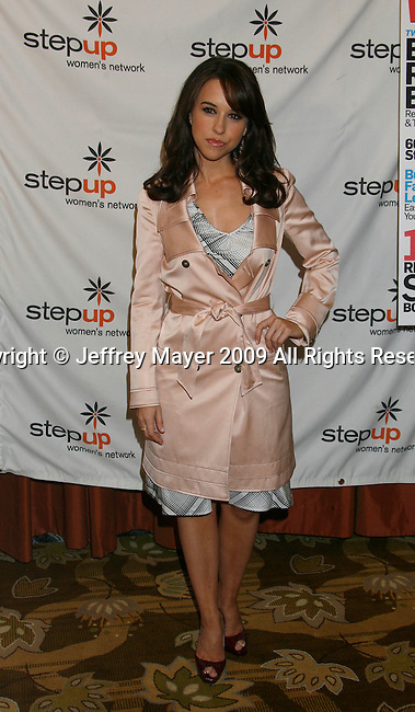 BEVERLY HILLS, CA. - June 05: Actress Lacey Chabert arrives at the Step Up Women's Network's 2009 Inspiration Awards Luncheon at the Beverly Wilshire Four Seasons Hotel on June 5, 2009 in Beverly Hills, California.