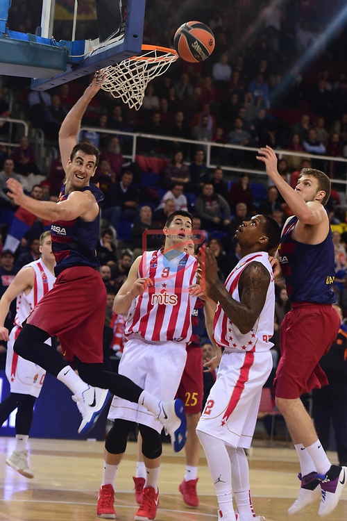 Turkish Airlines Euroleague 2016/2017.<br /> Regular Season - Round 28.<br /> FC Barcelona Lassa vs Crvena Zvezda MTS Belgrade: 67-54.<br /> Victor Claver &amp; Aleksandar Vezenkov.