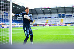 Torwart Oliver Baumann (Hoffenheim) beim Warmmachen vor leeren Raengen.<br />