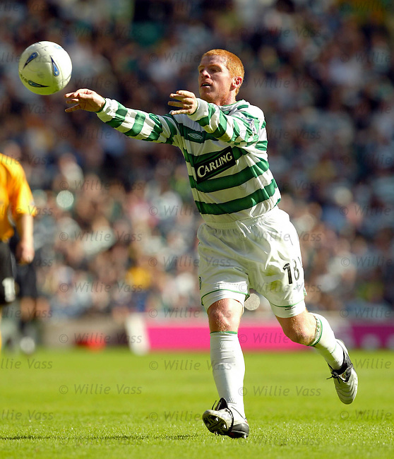 Neil Lennon, Celtic.stock season 2003-04..pic willie vass