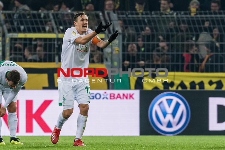 05.02.2019, Signal Iduna Park, Dortmund, GER, DFB-Pokal, Achtelfinale, Borussia Dortmund vs Werder Bremen<br /><br />DFB REGULATIONS PROHIBIT ANY USE OF PHOTOGRAPHS AS IMAGE SEQUENCES AND/OR QUASI-VIDEO.<br /><br />im Bild / picture shows<br />Max Kruse (Werder Bremen #10) reklamiert, <br /><br />Foto © nordphoto / Ewert