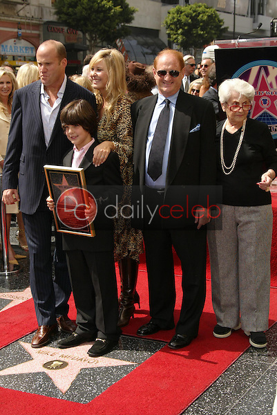 Mike Medavoy with Irena Ferris and their family<br />