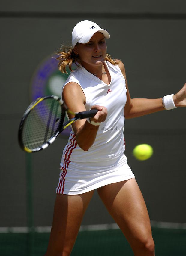 Photo. Jed Wee..Wimbledon Championships. 28/06/2005..Nadia Petrova.