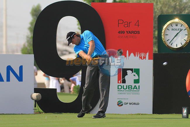 Dubai World Championship Golf. Earth Course,.Jumeirah Golf Estate, Dubai, U.A.E...Retief Goosen teeing off on the 9th during the second round of the Dubai World Golf championship..Photo: Fran Caffrey/www.golffile.ie...