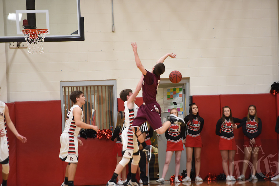 NWA Democrat-Gazette/J.T. WAMPLER  Image from Pea Ridge boys against Huntsville Tuesday Feb. 9, 2016.